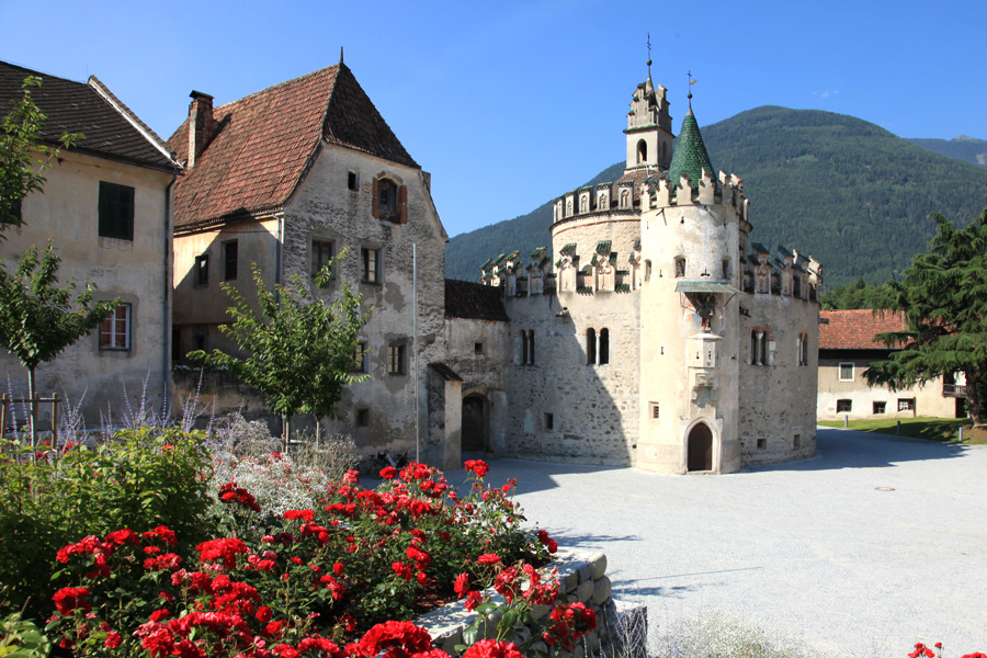 Varna valle isarco alto adige for Alloggi a bressanone