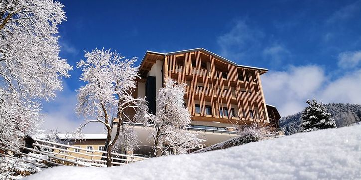 hotel-winter-tiers-am-rosengarten-2zu1.jpg